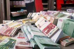 deuda_de_la_banca_espanola-Banco_Central_Europeo-Banco_de_Espana_MDSIMA20121011_0189_32